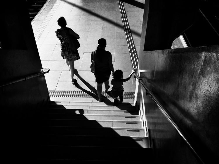 Mother and daughter! ♥ Streetphoto_bw Blackandwhite Monochrome Bw_collection The Street Photographer - 2015 EyeEm Awards