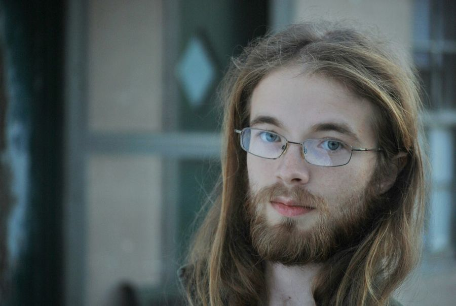 Man Photography Portait Outside No Edit/no Filter Glasses Perscription Cold Beard Outcast Longhair Serenity