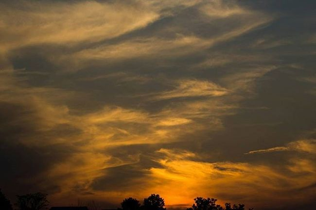 My first photo to be accepted into an art gallery! I'm off to buy my artists hat tomorrow Sunset Sunsetlovers Clouds Naturephotography Nature Canon
