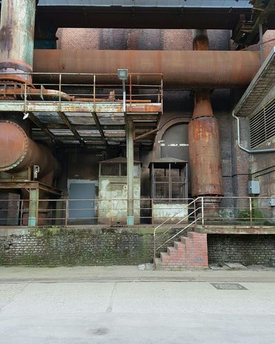 Vintage No People Built Structure Abandoned Factory Steel Lines Vintage Facades Pipeline Industry Steelwork Faded Rusty Adapted To The City Light Colors Architecture Technology Building Exterior Urban Geometry Full Frame Stairs Old Buildings Workers From My Point Of View The Architect - 2017 EyeEm Awards