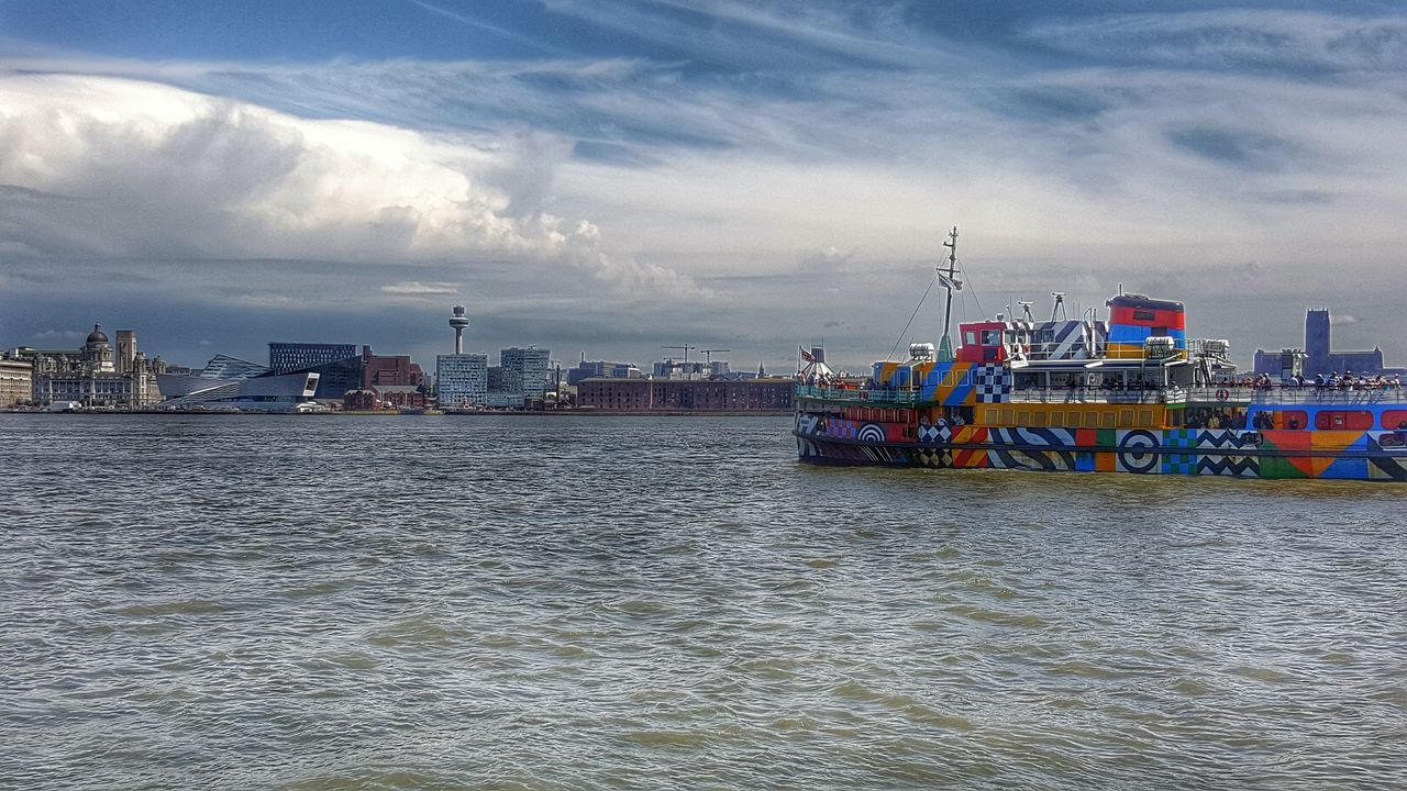 Mersey Ferry Dazzleships Woodside Uk Merseyside Liverpool Waterfront River Boat