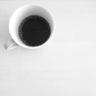 Strafe für zu spätes kommen: Halbe Tasse Kaffee + neu kochen...