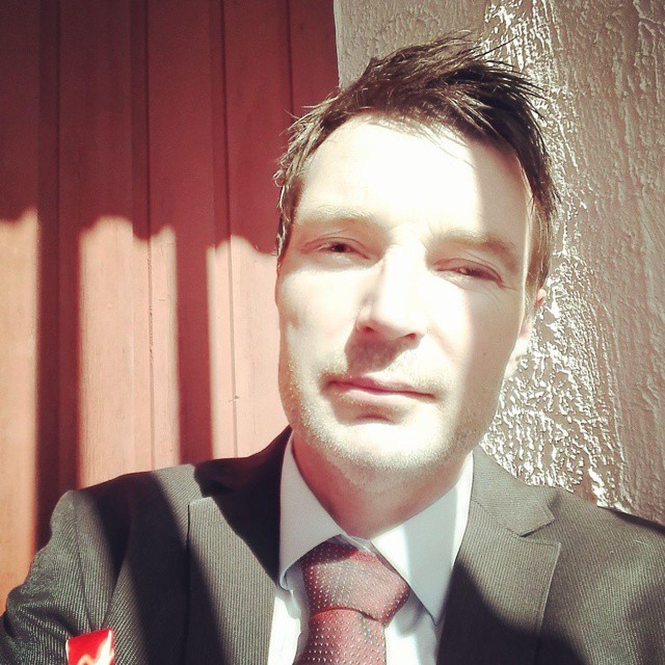 Gratulere med dagen Norge. 17mai 17mai2015 Grattis Grunnlovsdag solskinnsdag constitutionday norway norge noreg fest fullrulle dresskledd finstasen