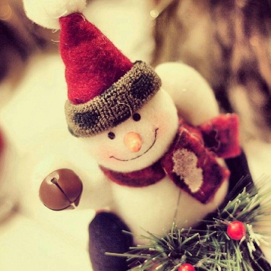 É tempo de renovação, é tem tempo amor, é tempo de fé e que o espírito de Natal possa nos surpreender fazendo mudanças. E que esta mudança esteja em nós. Feliz Natal ☆