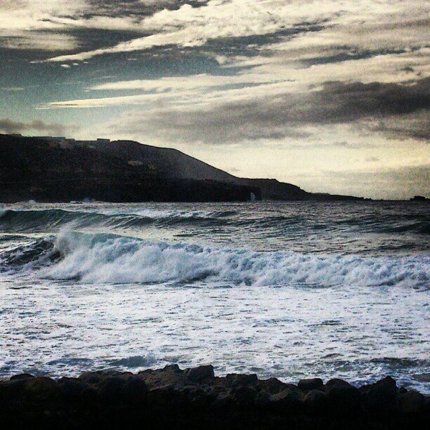 Una vista al mar | A view to the sea Mar Sea Playa Beach Sky Cielo LasCanteras Cicer PlazaDeLaMúsica LasPalmas GranCanaria IslasCanarias CanaryIslands Canarias IgersLpa IgersLasPalmas CanariasViva