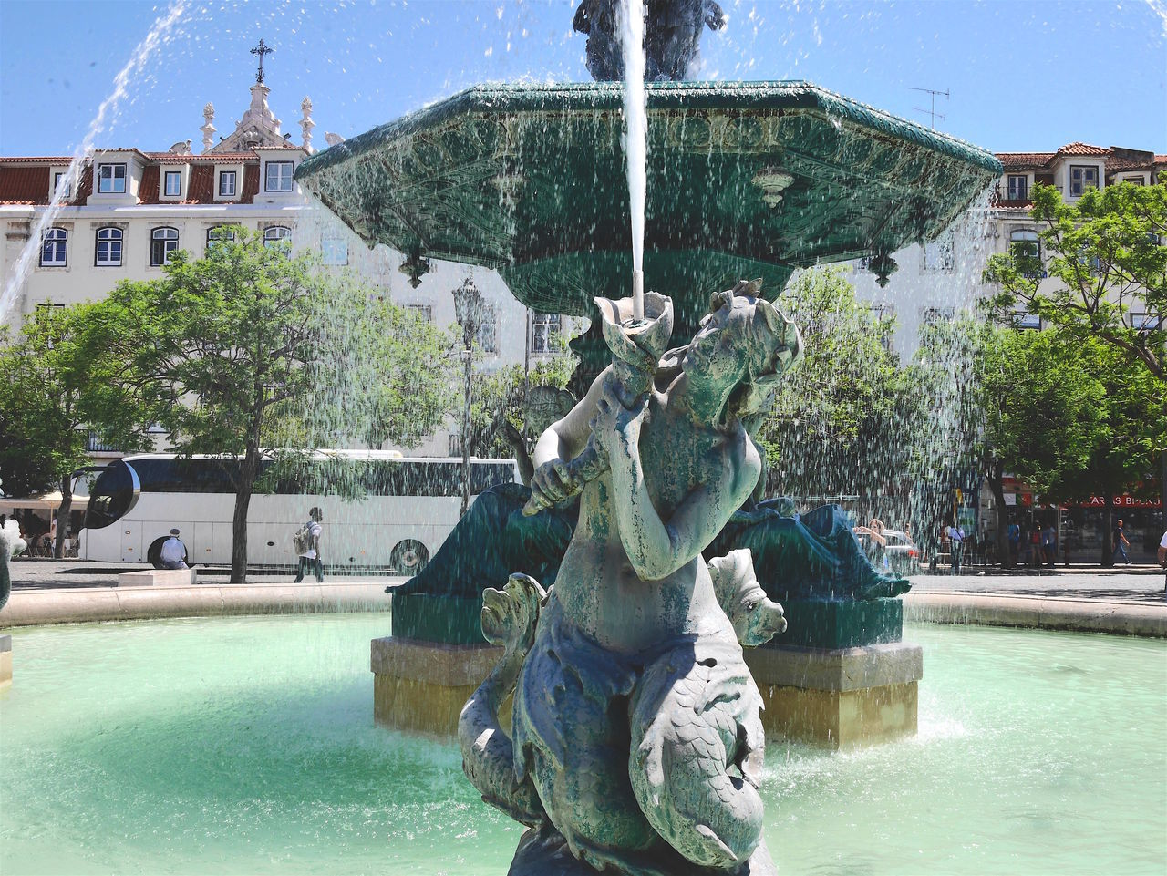 Architecture Art And Craft Building Exterior Built Structure City City Break Fountain Human Representation Lisbon Lisbon Portugal Outdoors Sculpture Statue Water