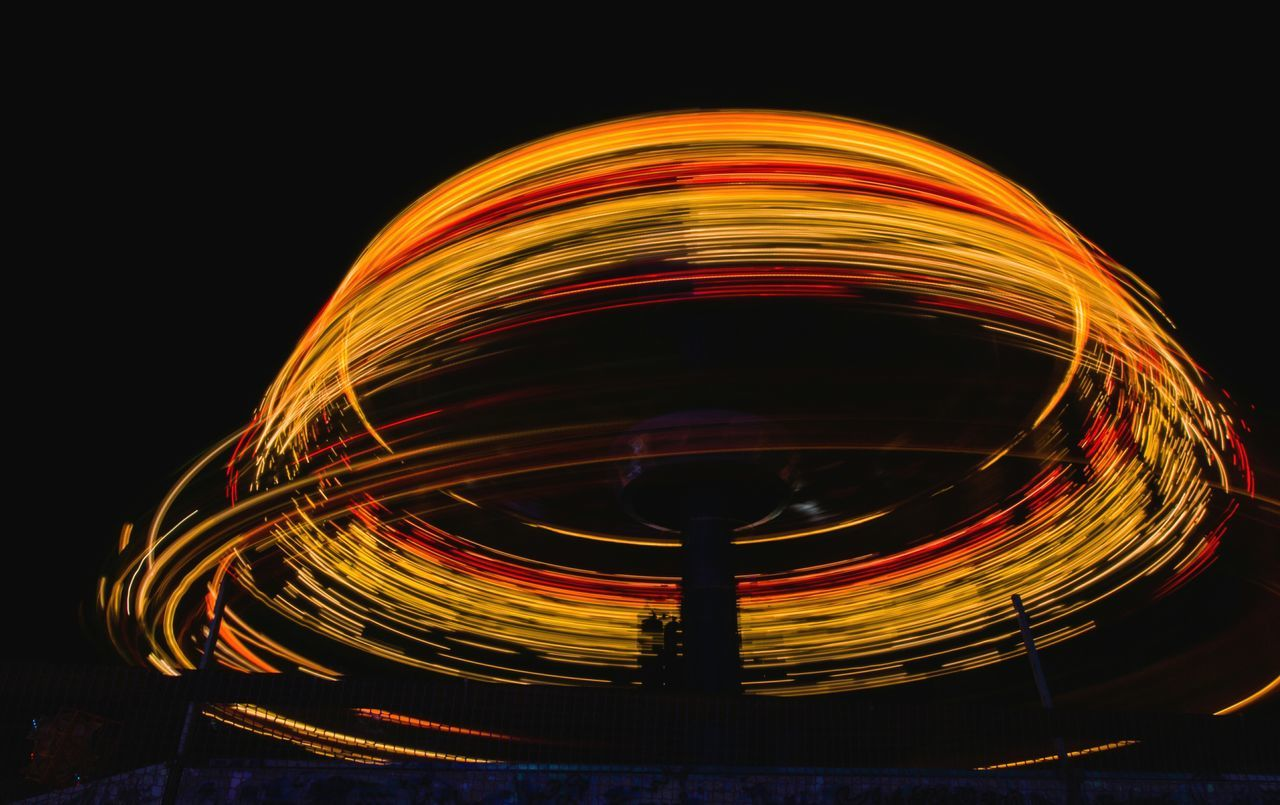 Orange Color Illuminated Night Arts Culture And Entertainment Light Effect No People Outdoors Carousel Eyeemphoto выдержка Amusement Parks паркразвлечений Amusementpark Park Ночь Russia Extreme экстрим атракцион Light Россия Canon550D Canon Travel