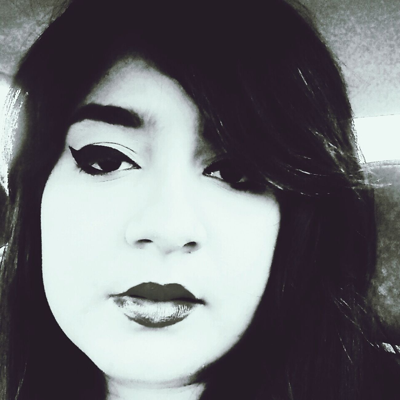Sexy Lips Cat Eye Black And White