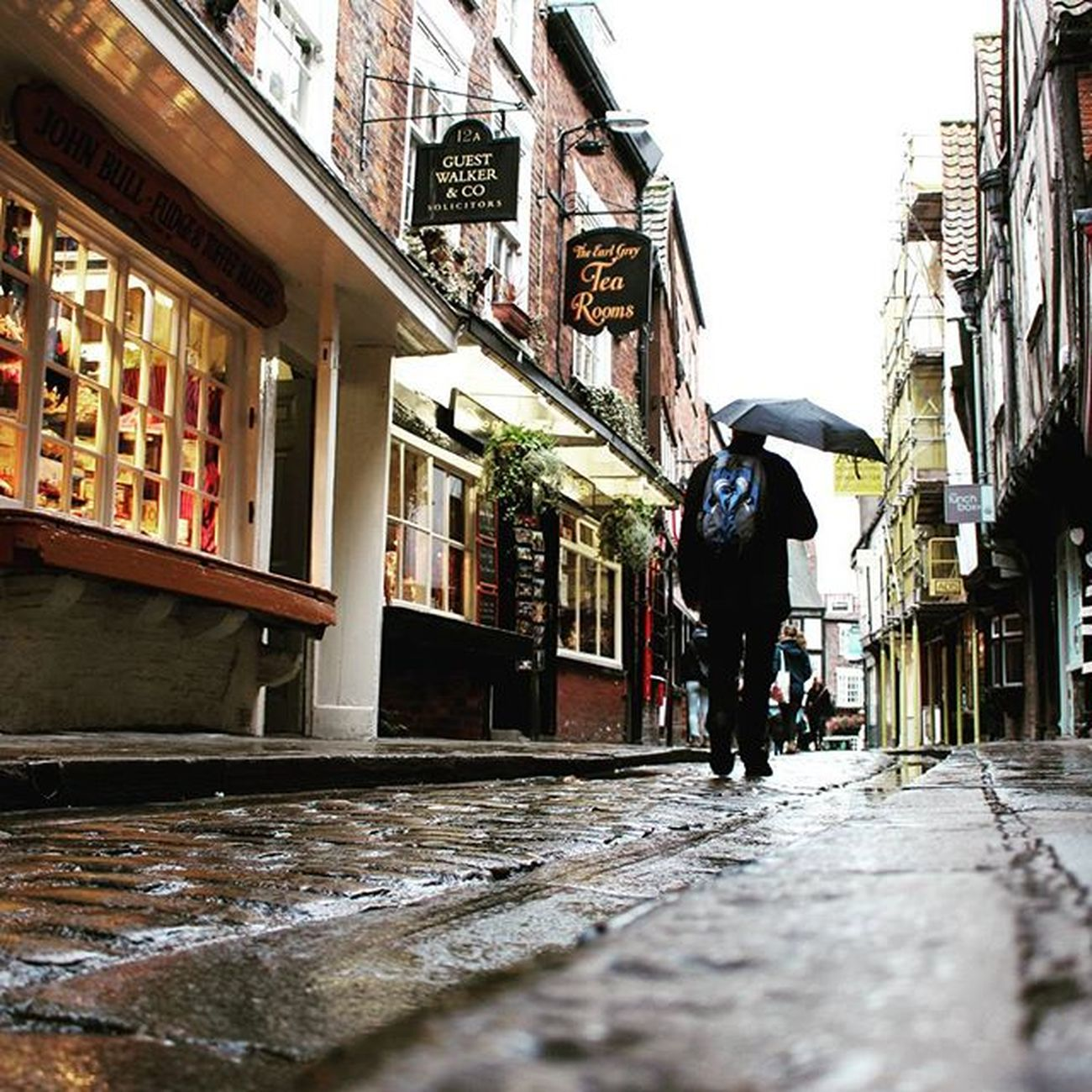 Rainy day in York 🌐 York Yorkshire Rainy Rain England Greatbritain Wanderfolk SuperHubs_mobile