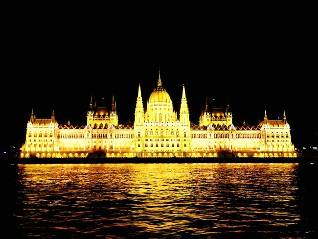 Budapest Parlament Budapest Budapeste Hungary Hungria Gold Night Danube First Eyeem Photo