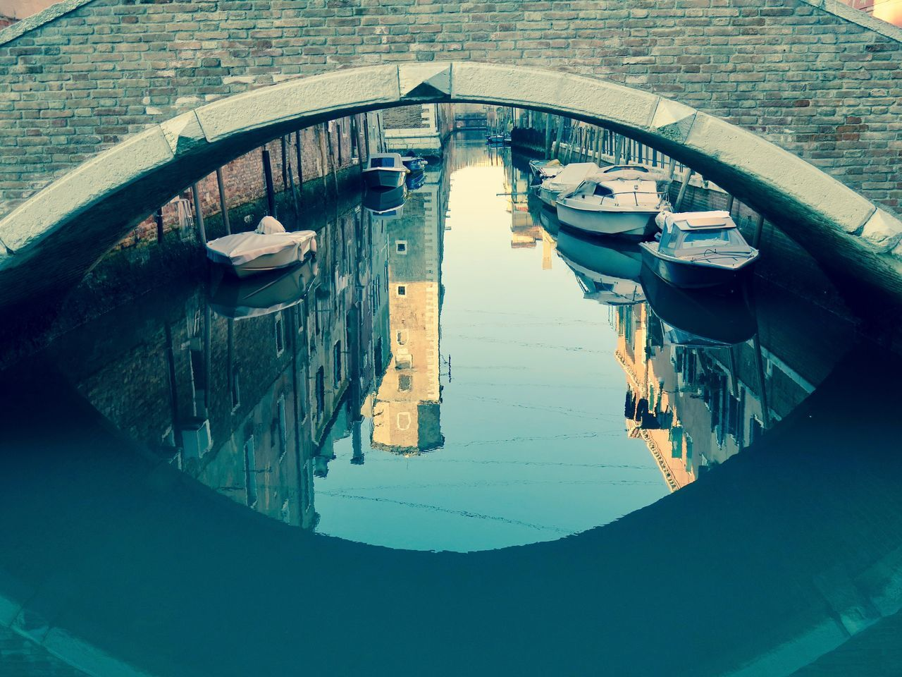 Architecture Canal Day EyeEm Gallery Gondola - Traditional Boat High Angle View Holiday Italia Italy Holidays Landscape_Collection Nautical Vessel One Man Only One Person Only Men Outdoors People Reflection Urban Landscape Venezia Venezia #venice Venice Water Water Reflections
