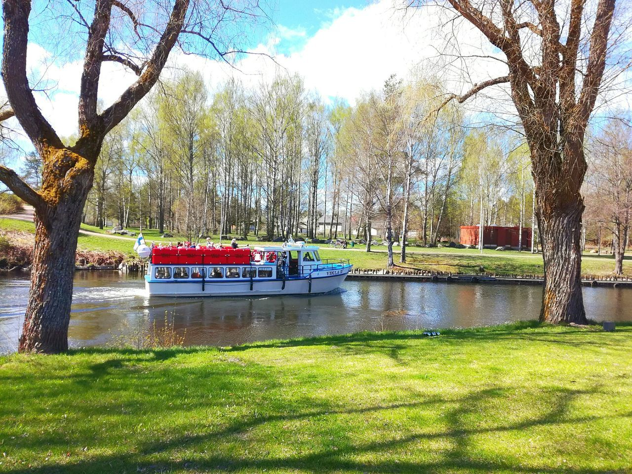 Tree Grass Water Green Color Nature Day Outdoors Enjoying Summer Finland Nature River Boat Criuser Cruise Riverside River View River Cruise Sunny Day Beautiful Day Neighborhood Map