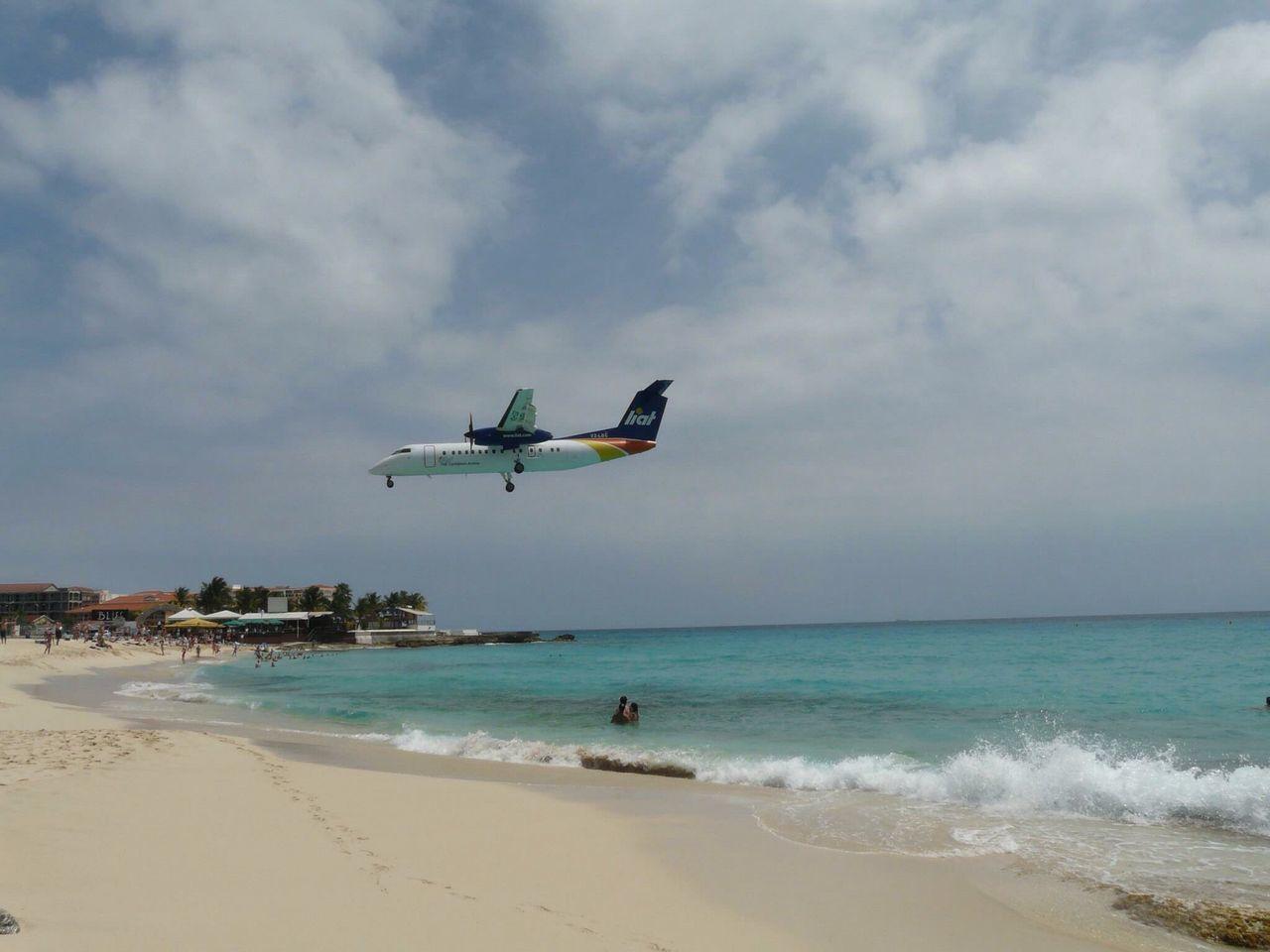 AirPlane ✈ Airport Beach Landing Beach St. Maarten Carribean