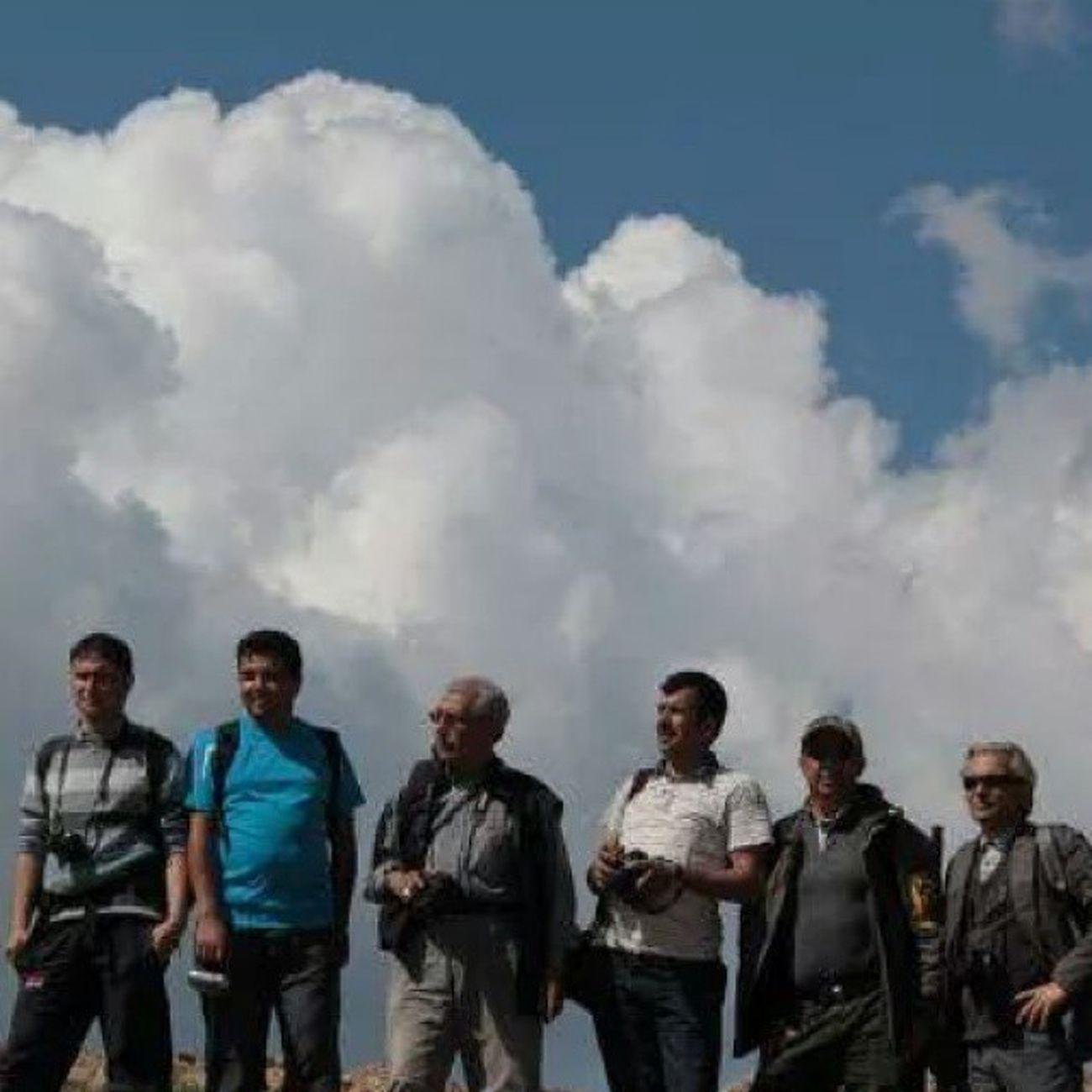 Dostlar olmalı hep aynı yöne bakmalı, ortak noktalarda buluşmalı ve ☁ bulutlar kadar yükseklerde gezmeli. Yakupcetincom Toroslar Bulutlar Dostlar comeseekonya comeseeturkey Konya konyagram konyainstagram
