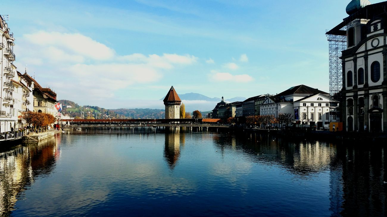 Luzern last weekend ;) Luzern Swiss Luzern Bridge Water Reflections Day