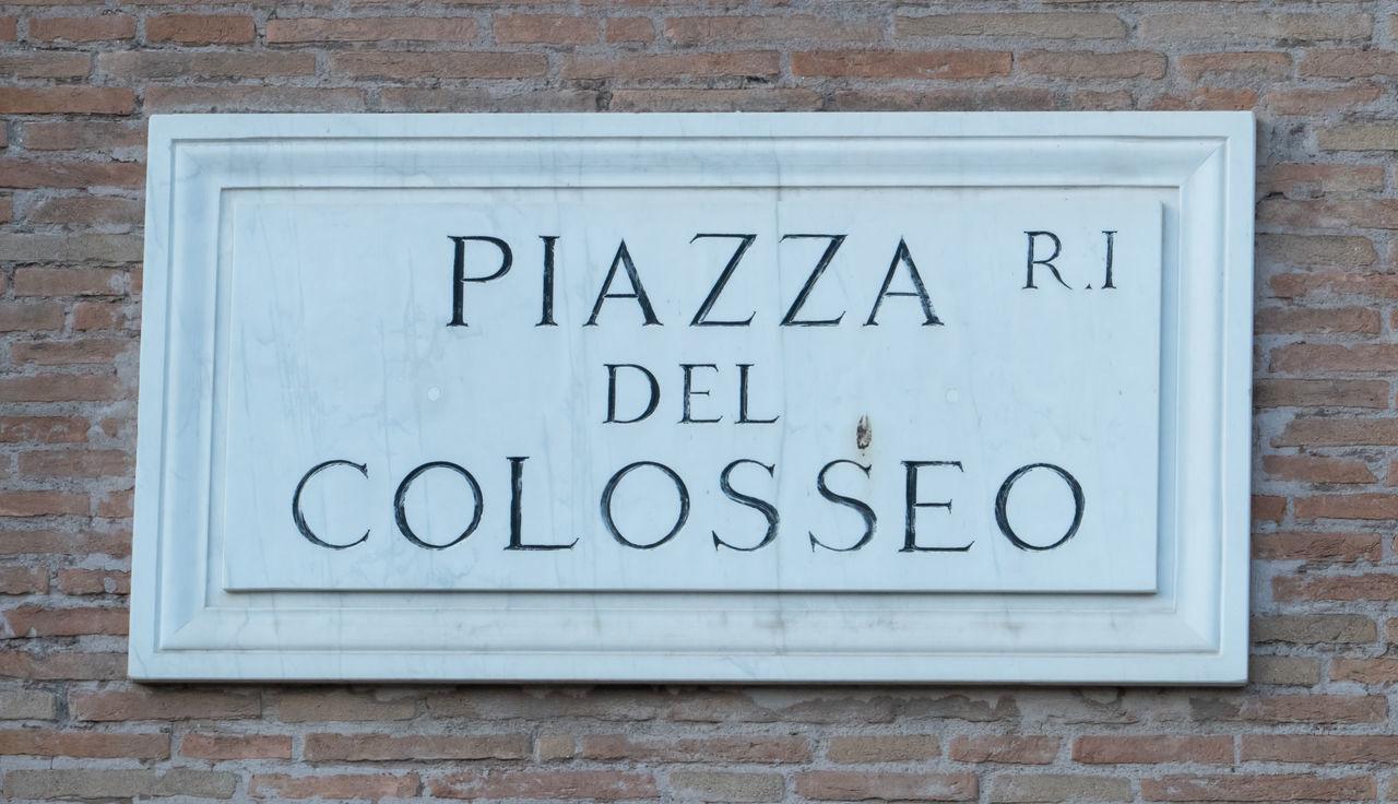 Piazza Del Colosseo Rome Colosseum Italy