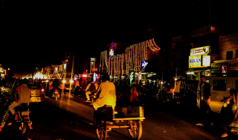 Indianroads Busy City Hardworking Lights People Busylife Market Streetsofindia Nightlife Cityscape EyeEm Best Shots
