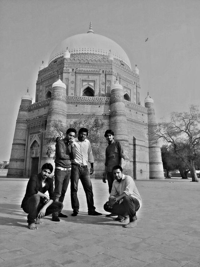 Shrine Of Hazrat Bahauddin Zakariya Multan Oldest City Of Asia Me With Friends Hot Day Pigeons On The Top Showcase April