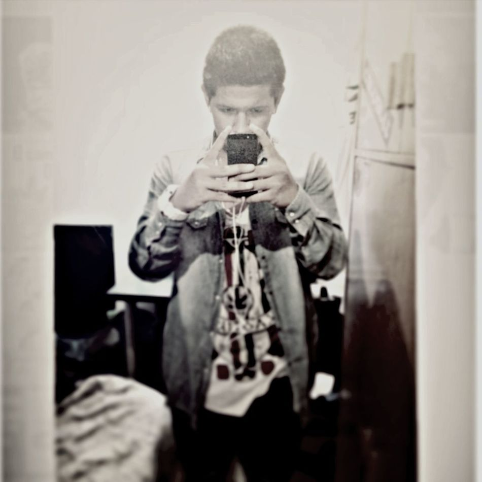 YOUNG, WILD & FREE. Swag Portrait Hipster Nigg