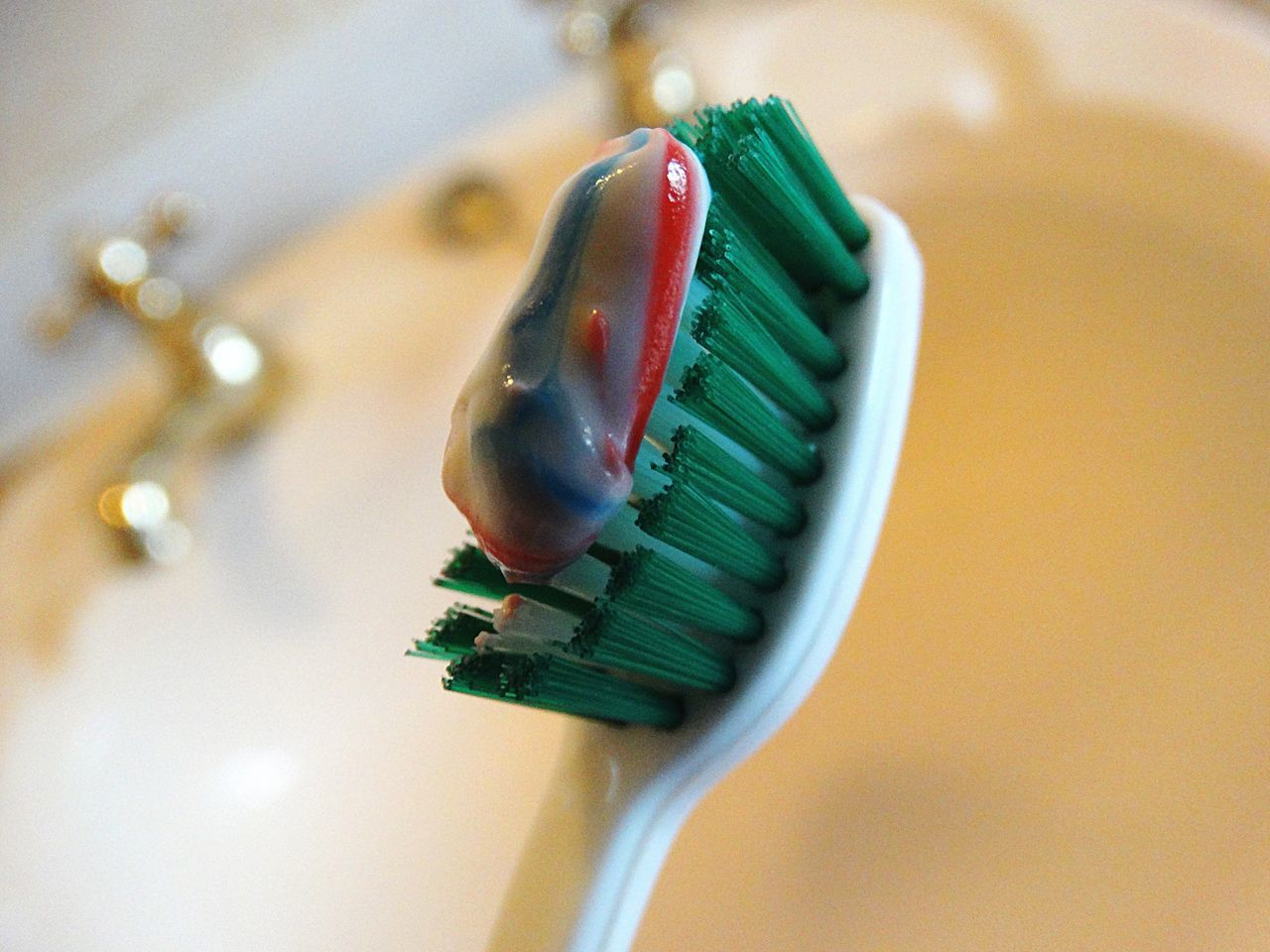 Toothbrush with toothpaste. Toothbrush Toothpaste Paste Dental Dentist Brush Clean Indoors  Focus On Foreground Bathroom Freshness Teeth Brushing Teeth  Cleaning Teeth Hygene Mint Toothbrushes Lifestyles Daily Life Backgrounds