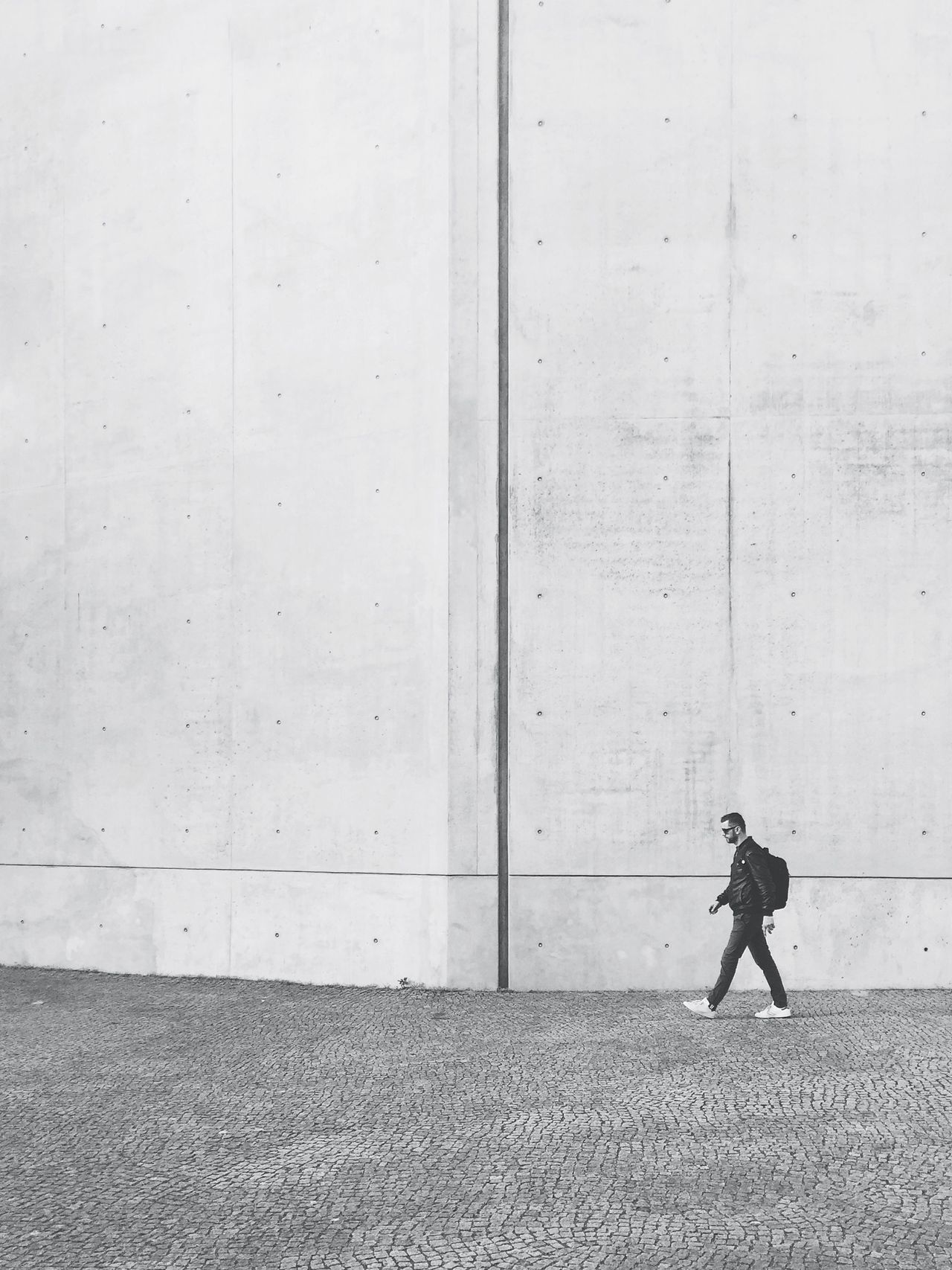 Day Full Length Men One Person Outdoors People Real People Standing The Architect - 2017 EyeEm Awards The Street Photographer - 2017 EyeEm Awards Walking