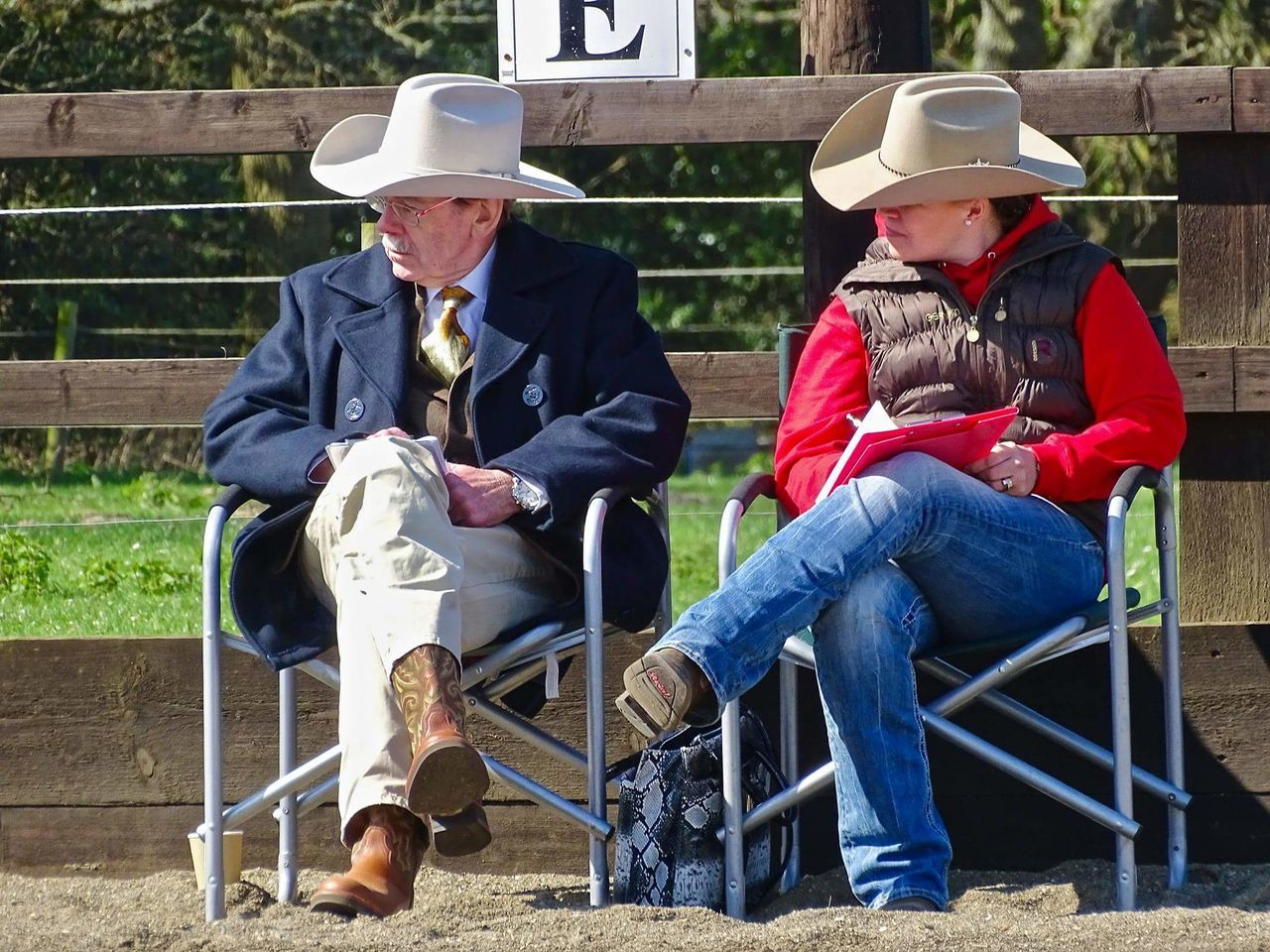 Sitting Two People Western Riding Western Horse Horse Riding Cowboy Hat Cowboyhat Cowboyboots Horse Show