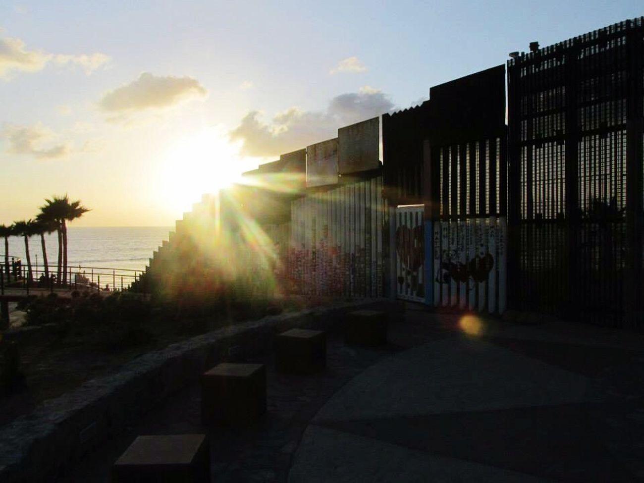 Tijuana, México 2015 Tijuana San Diego Border Wall Mexico USA Muro  Frontera Vianeycarre Sunset Incredible