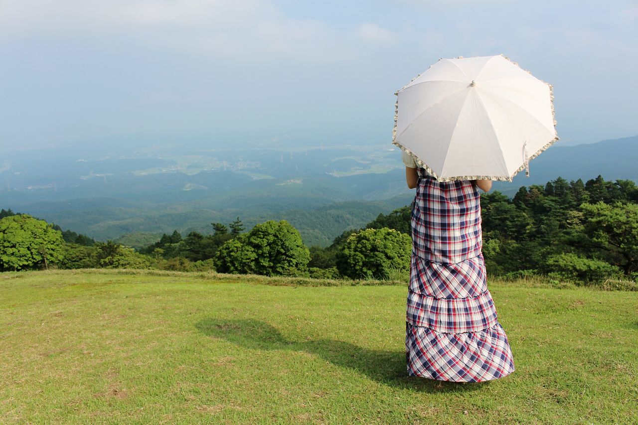 Beautiful stock photos of umbrella, Beauty In Nature, Day, Getting Away From It All, Grass