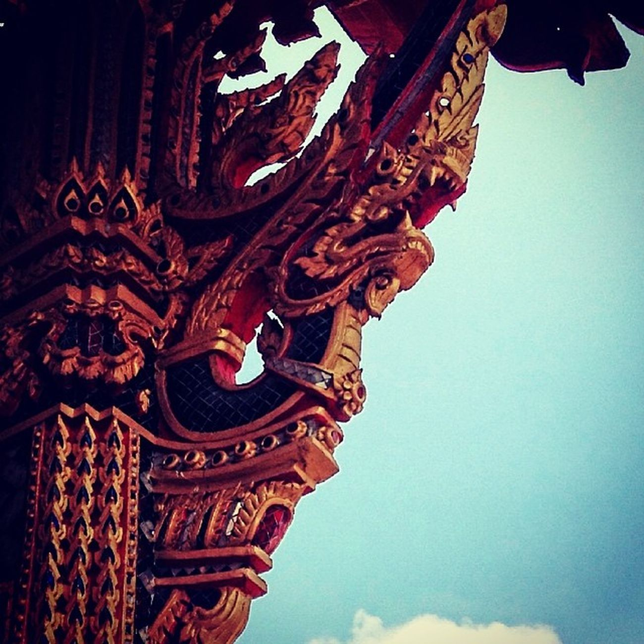 Temple Post Dragon Design Detail Happybatins Batintin Instaios Insta_awe Instalike InstaPlace Places Th Thailand Instagramthat Tweegram Followstagram Megusta Melikey Happybatins Batintin Ignation Igers Igersmanila Igersoftheday