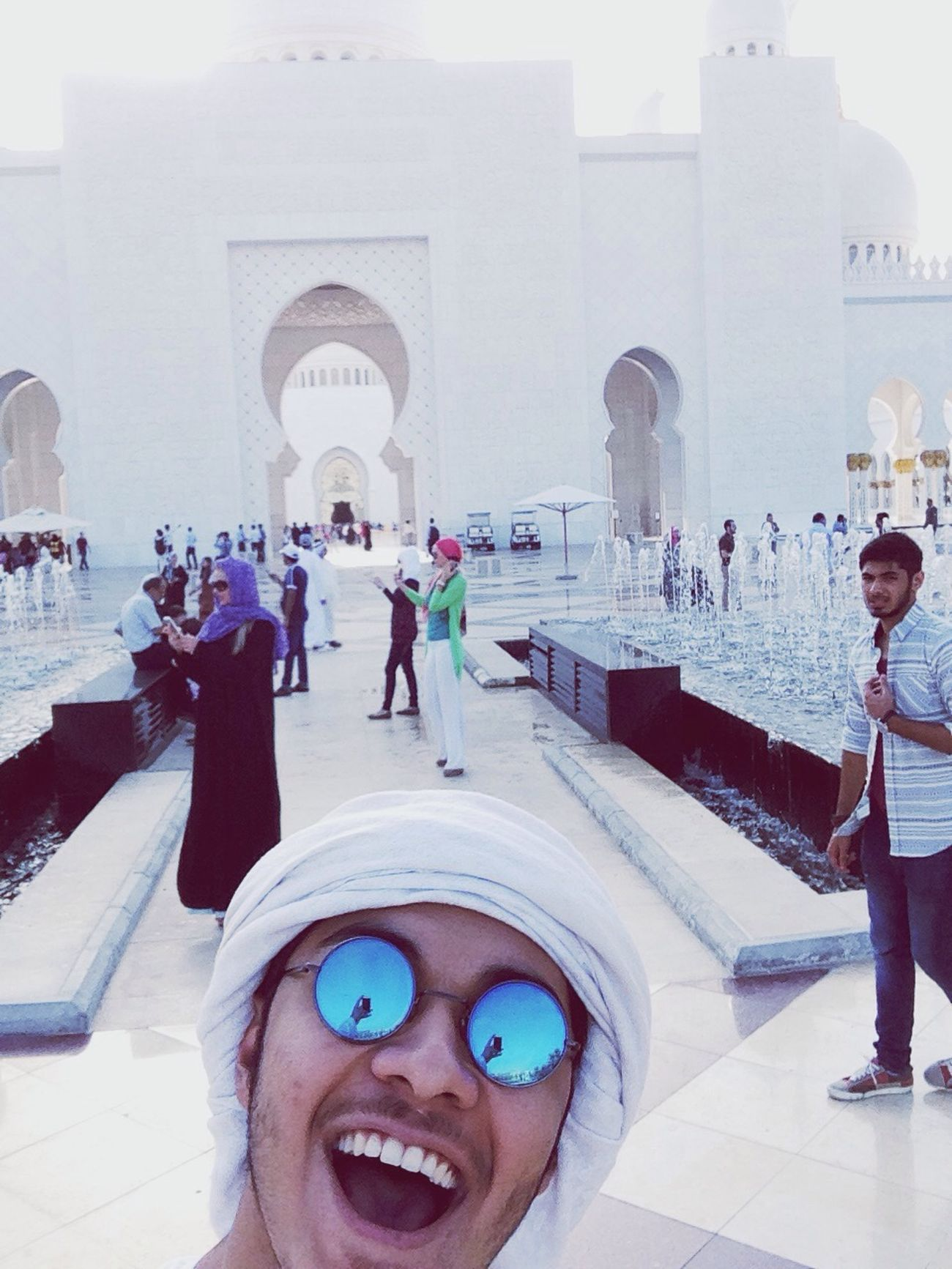 First time in sheikh Zayed mosque ,Great place amazing people. Enjoying Life Hello World