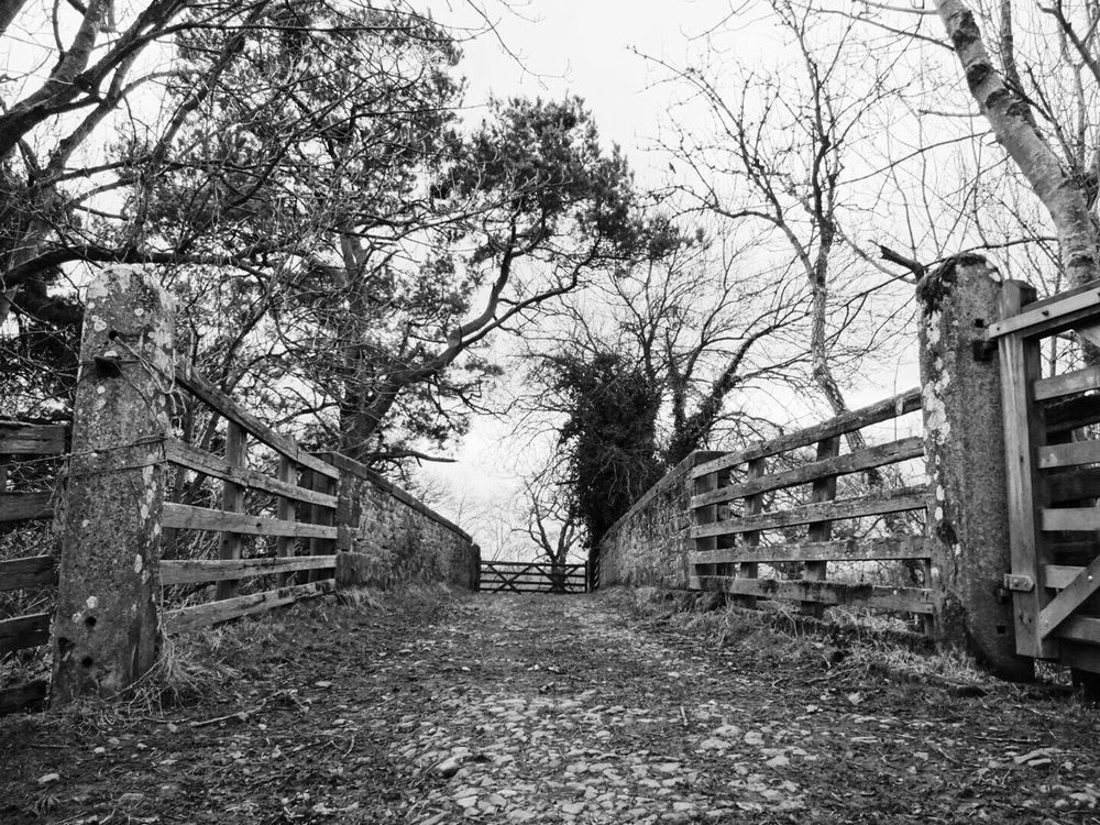 Built Structure Outdoors No People EyeEmNewHere Country Life Countryside Countrywalks Blackandwhite Blackandwhite Photography