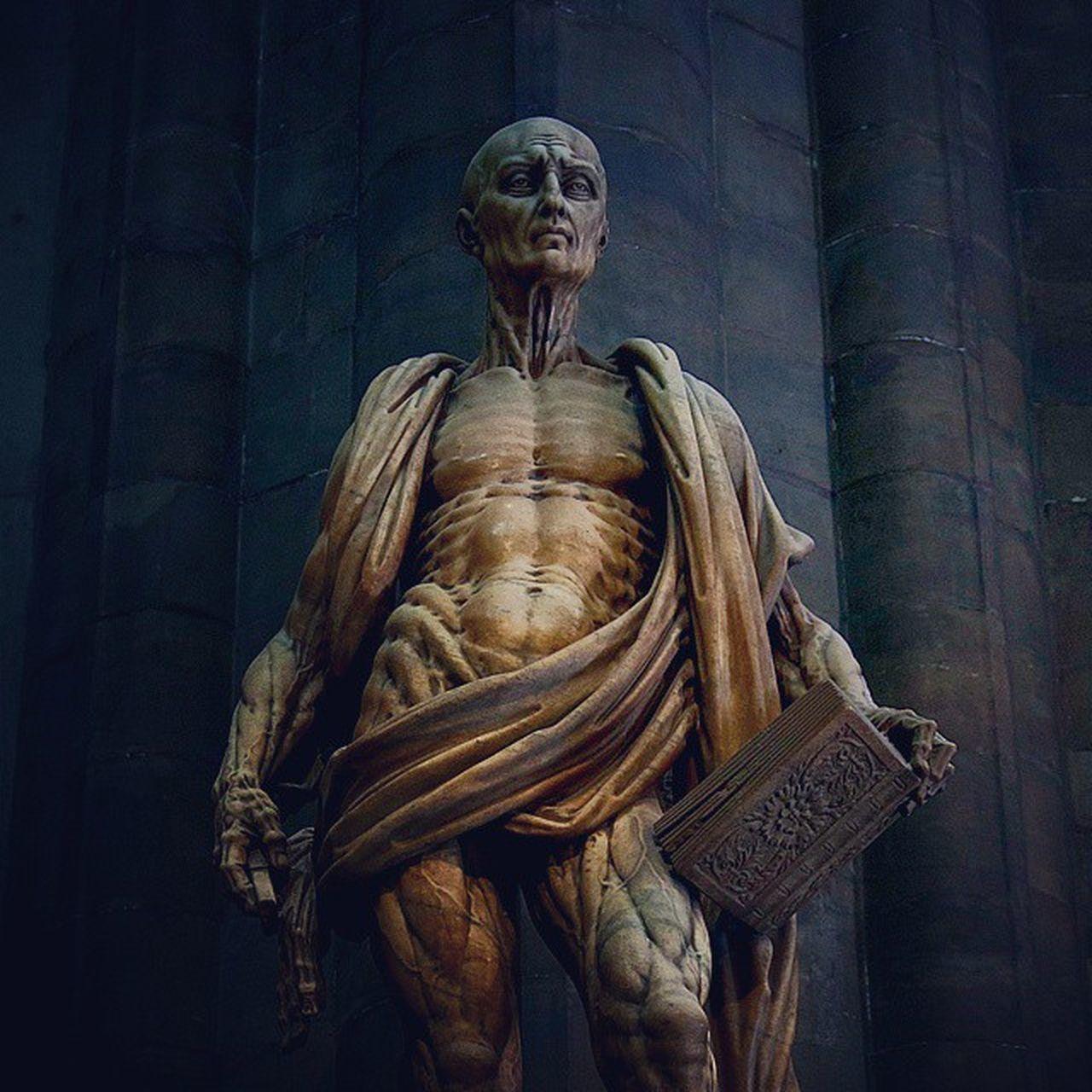 Mondayfeeling Duomo Milan Statue Art Moodoftheday Pictureoftheday Followme Milanocityufficiale