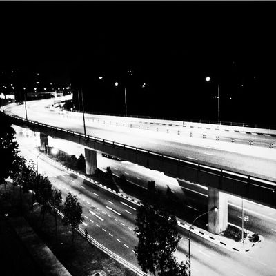 Cities At Night Singapore Streetphotography Night Nightphotography Streetphoto_bw City Cityscapes