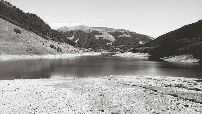 Stausee Lake View Mothernature Mountains