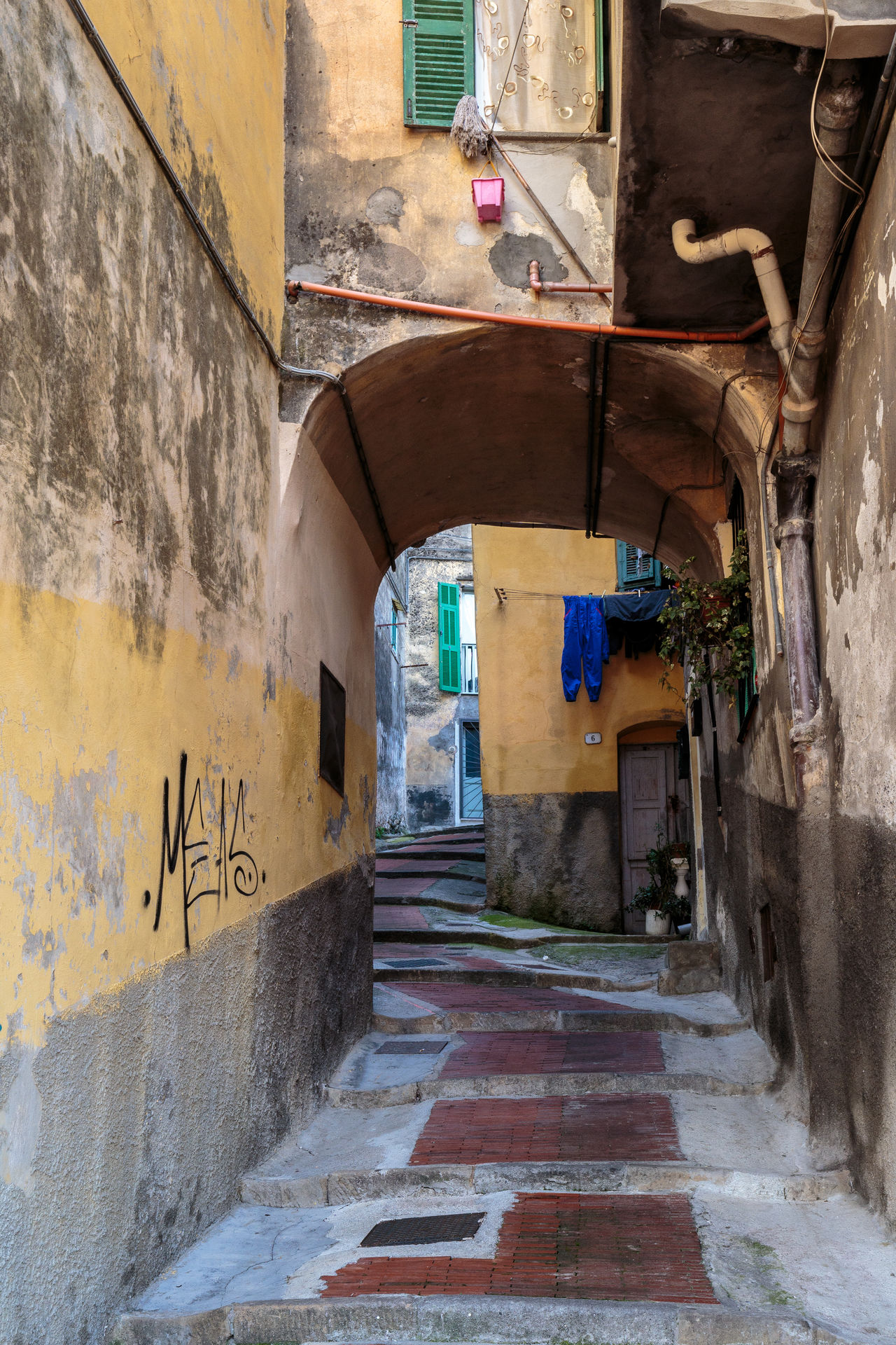 Alley Architecture Building Building Exterior Built Structure City Day No People Outdoors The Way Forward Walkway