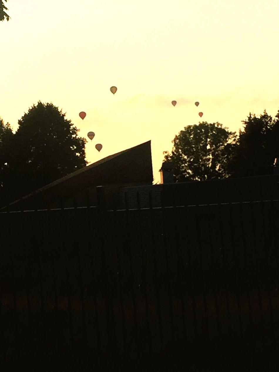 Balloons Balloons Balloonfiesta  Balloons In The Sky Balloonart Ballooning Balloon Ride Balloon: Hot-air Balloon, Barrage Balloon; Airship, Dirigible, Zeppelin, Blimp; Weather Balloon