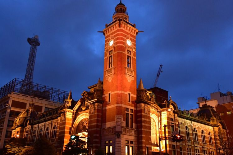 The Architect - 2016 EyeEm Awards Yokohama Japan Night View Snapshots Of Life Snapshots 横浜開港記念館 Jack 三塔