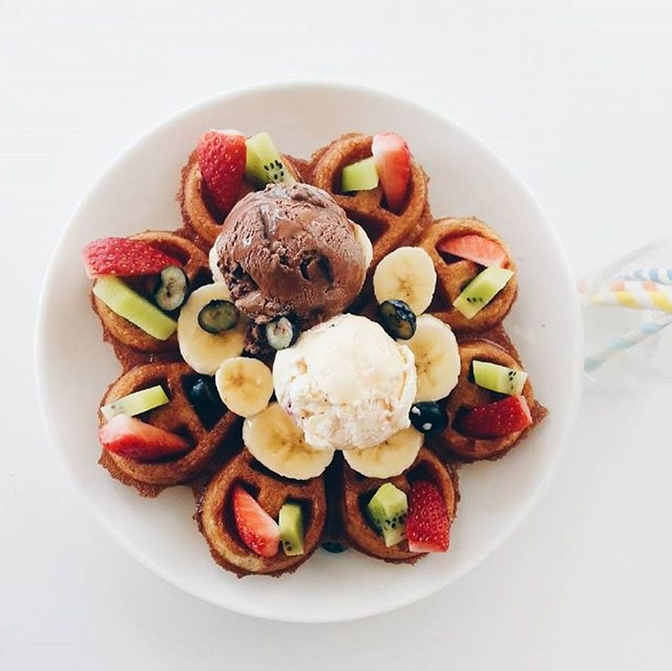 Special dessert for today. Just don't forget to add in some fruits for feeling guilty of gaining fats. 😚 😚 😚 😚 😚 😚 😚 😚 😚 😚 😚 😚 Desserts Lover Icecream Sweetooth  Minifruits Lovely Fourspooncafe Iconcity Working Life Tgif Vsco_hub Vscocam instadaily instamood instalike instaquote penang