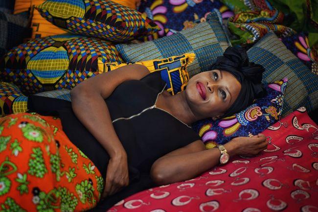 Person Kenyan Woman Work Black Is Beautiful Blackness Headdress Sew Afrocentric  Strong Woman Portrait Of A Woman Fabrics Pattern Black Woman Portrait Photography Enjoying Life Culture Sensual_woman