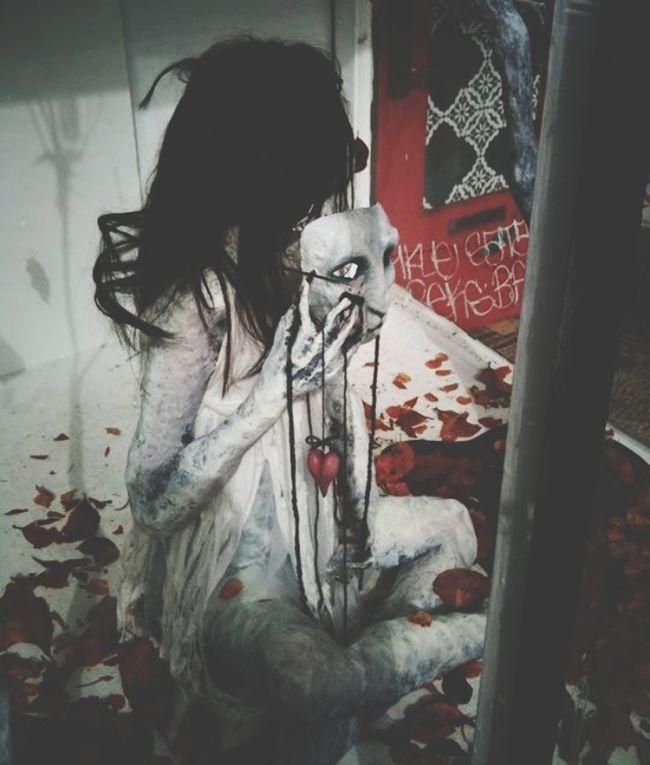 Halloween Creepy Mad World Grimewindow