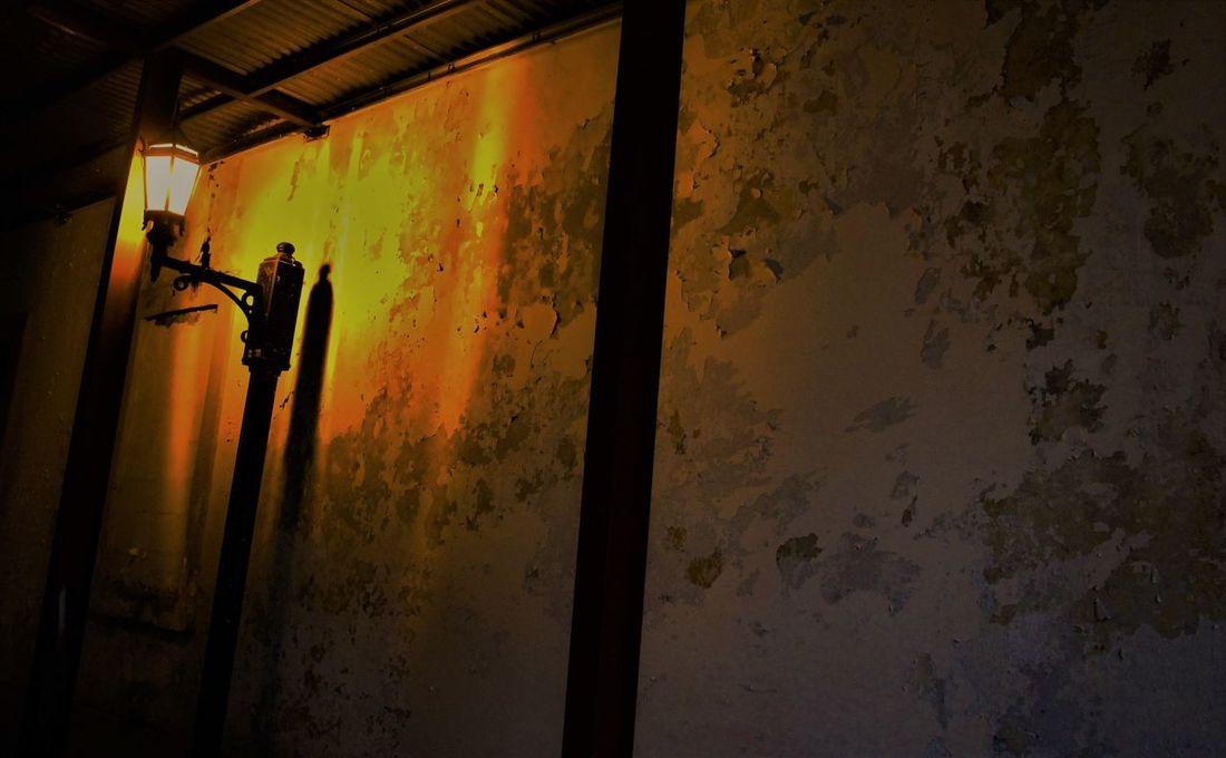 Indoors  Shadow City Life Panama City Panama Downtown District Streetlamp Streetlamp In The Park