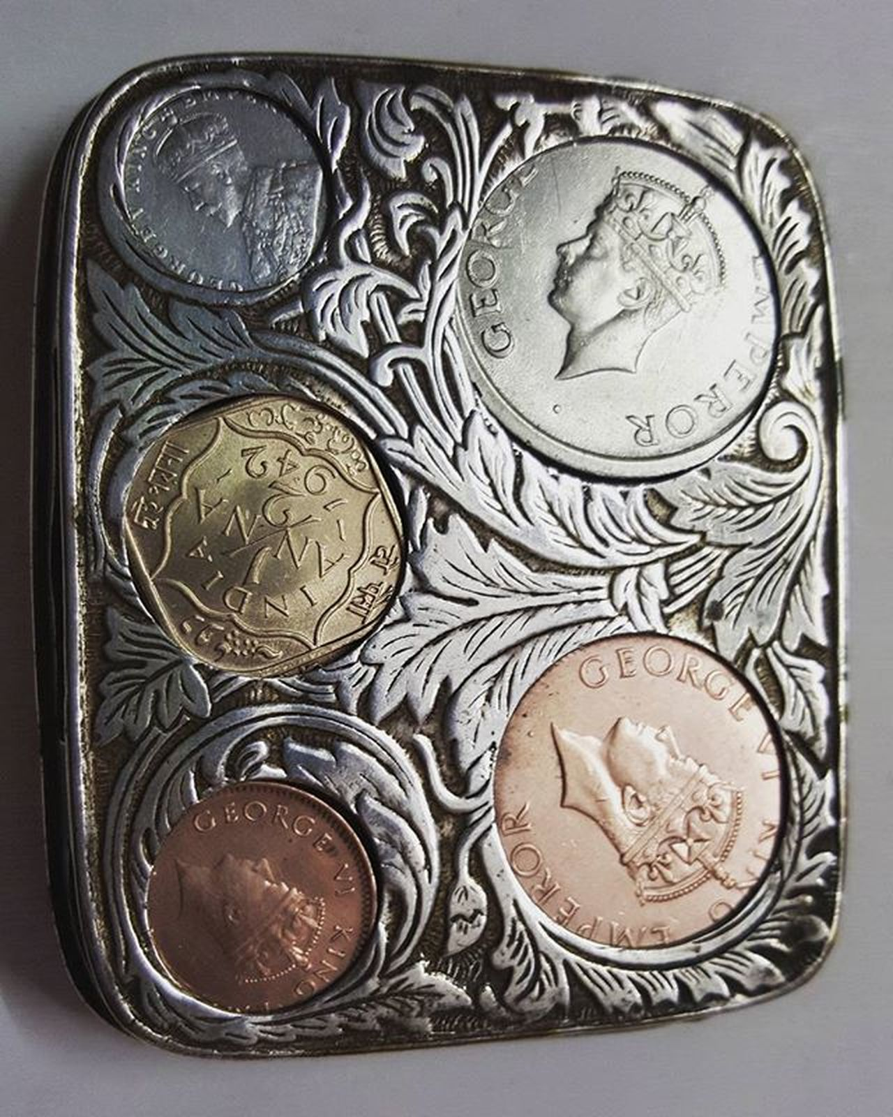 Oldindiancoins Britishemperor KingGeorge Before Indianindependence Goodolddays Coincollection Coincollector Coinbox Picoftheday Instapic Instalike Instafollowme Instafollowers Instafollow Igers Madeingermany Silverbox Metal Valuable TBT  Money