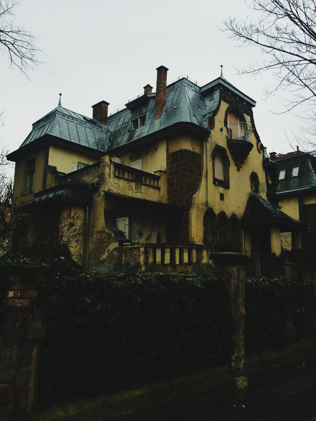 Check This Out Showcase: February Hounted Hounted House Creepy Scary Horror Horror Photography Mood Dark Art Photography City Budapest Budapest, Hungary Hungary Hidden Hidden Places Hidden Beauty Beautiful Architecture Architecturelovers Architectureporn Old Building