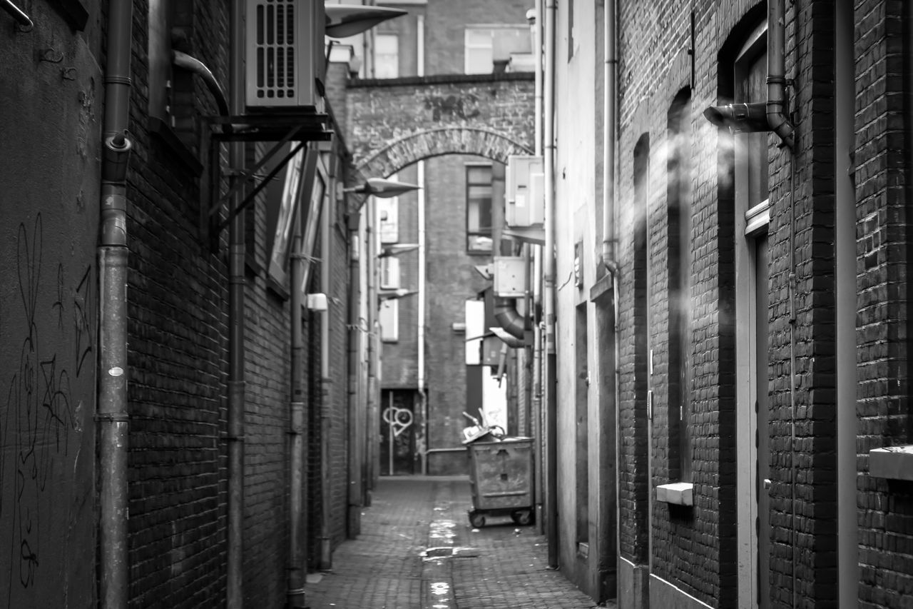 architecture, built structure, building exterior, alley, the way forward, no people, city, day, walkway, outdoors