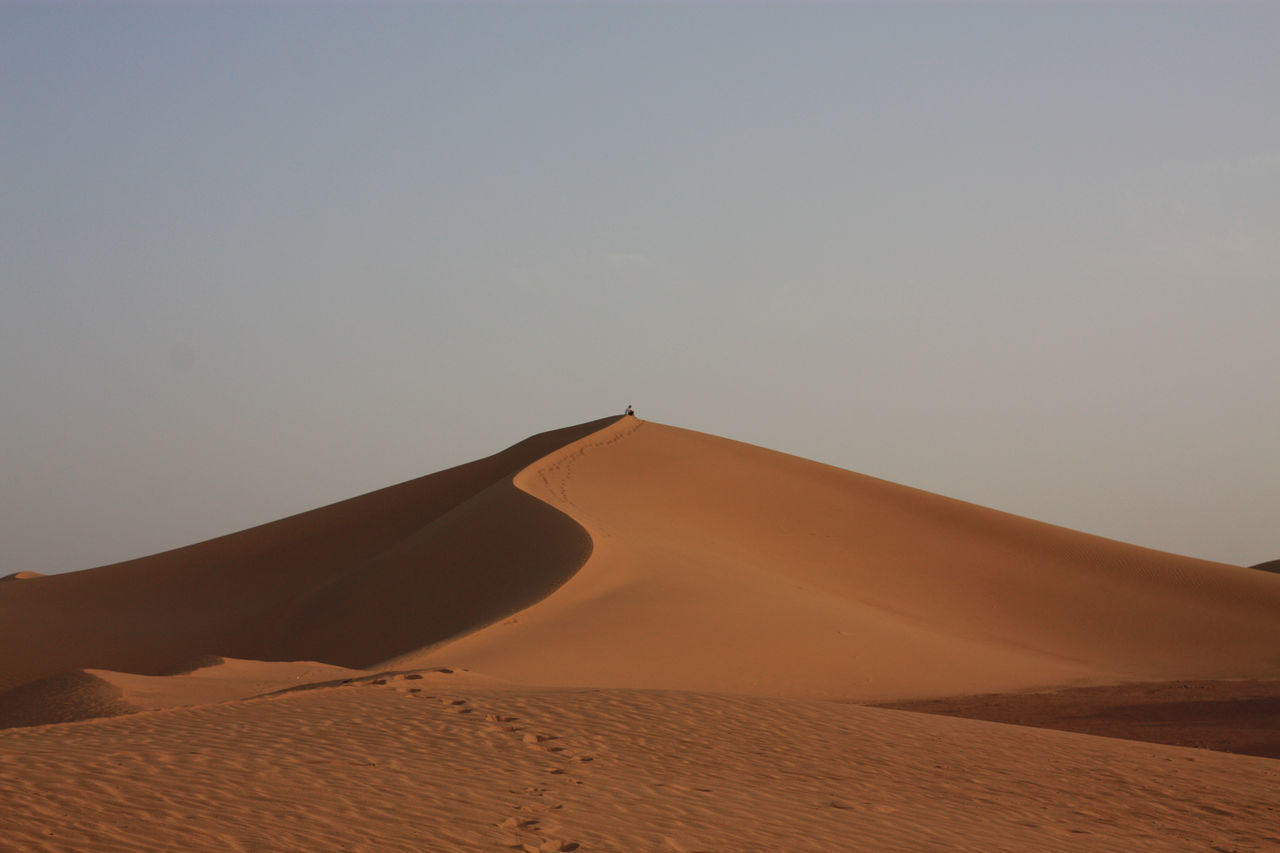 Beautiful stock photos of desert, Arid Climate, Beauty In Nature, Clear Sky, Day