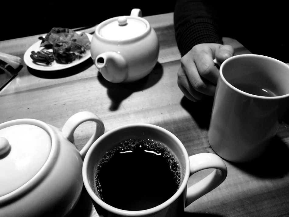 Tea - Hot Drink Tea Cup Teapot Indoors  Food And Drink Tea Tea Time First Eyeem Photo Blackandwhite Black And White Black & White Blackandwhite Photography Black&white EyeEmNewHere