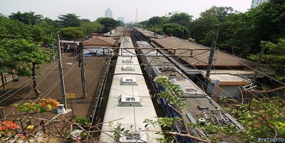 Bridge View Train Station Kalibata