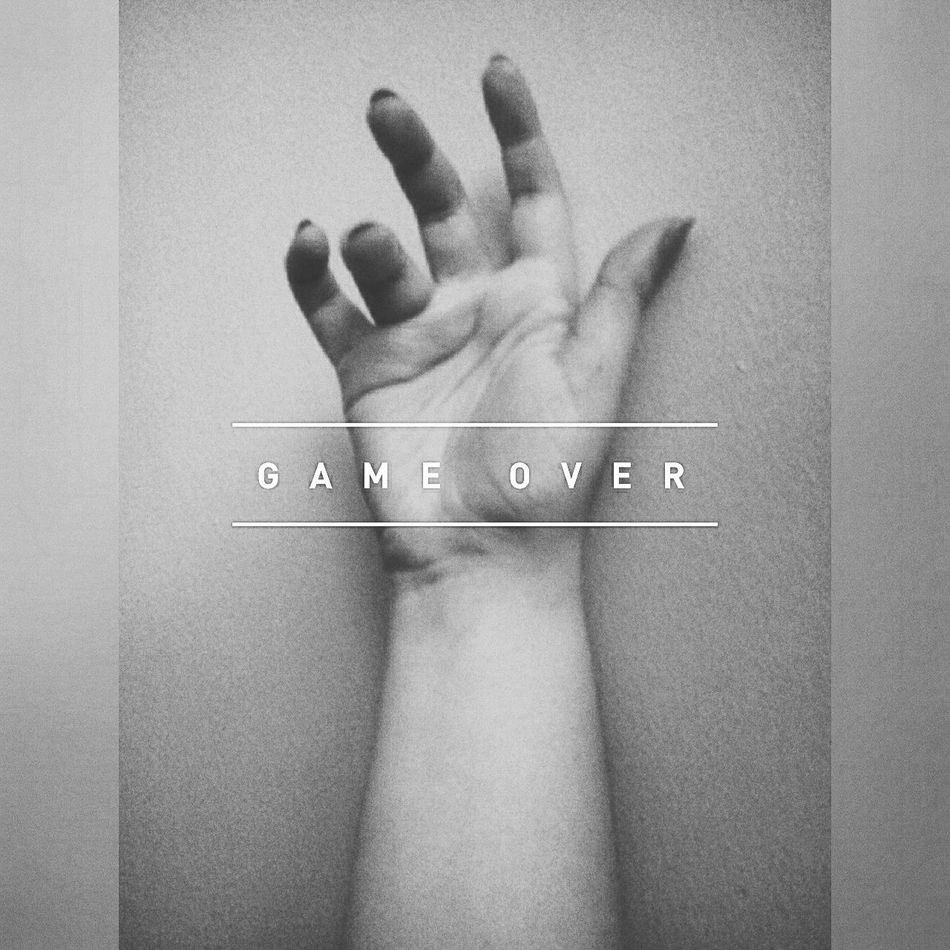 Gameover Reflection Hand