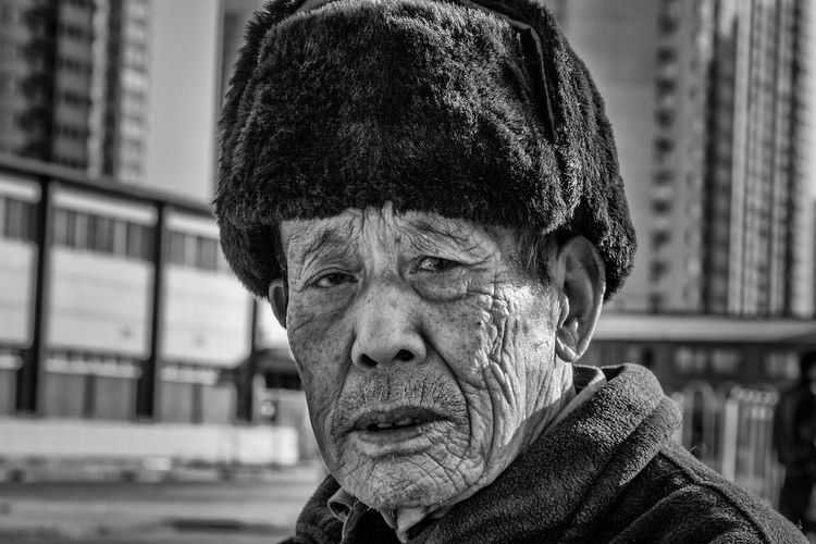Portrait One Person Mature Adult Real People Close-up The Week On EyeEm Black & White Chinese Cultures Beijing China Photos Pekin Beijing, China Travel One Man Only Black And White Photography Blackandwhite Photography Bnw_collection China. EyeEmNewHere