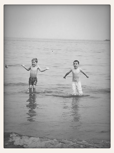 love seeing kids happy :) First Eyeem Photo